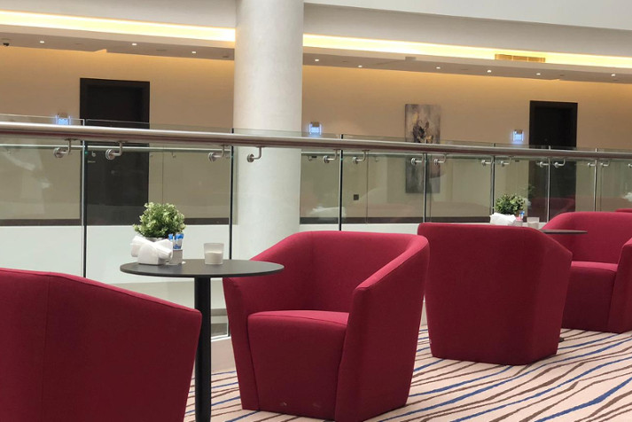 Entreplanta Cristal Amaken Hotel